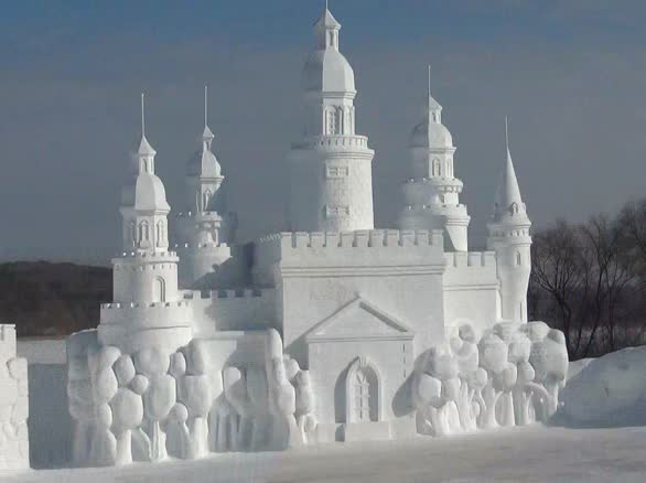 直击长春雪雕节俄罗斯城堡气势恢宏图片