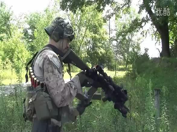 一个美国疯子的疯狂武器装备
