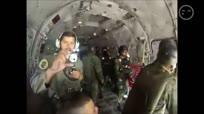 【发现最热视频】卧槽快尿了吧!实拍空中跳伞降落伞被卡在飞机上
