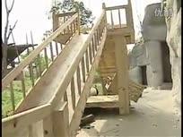 大熊猫有了新滑梯,萌翻网友