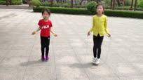 6岁小女孩跳绳9个月长高11厘米 30秒跳绳147个