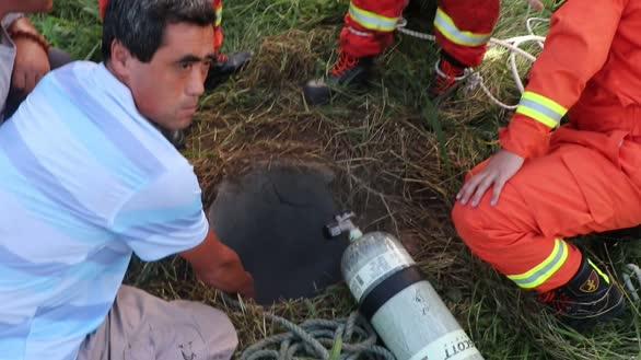 山东日照:7旬老人掉入10米深井