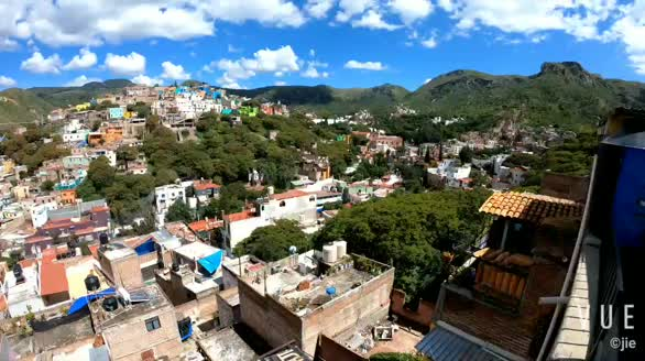 在这里的山顶生活过,才知道什么叫色彩。coco取景地-墨西哥瓜纳华托,