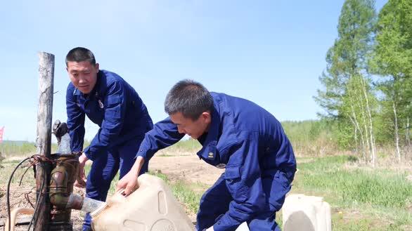 探寻驻守在大山深处泉山执勤点的森林消防员
