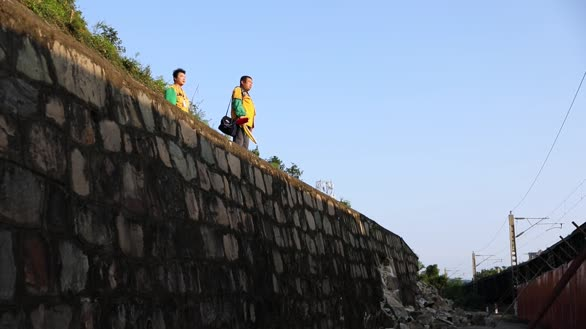 【武铁麻城工务段】巡守在孟良山脚下