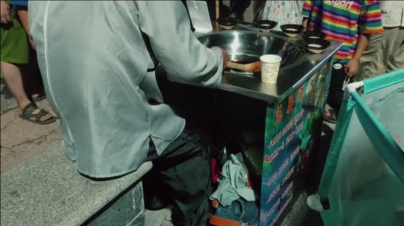 网红孟婆汤,在苏北高家堰旅游夜市为啥遇冷?你敢喝吗