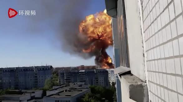 惊人!俄罗斯新西伯利亚一加油站爆炸,现场出现蘑菇云